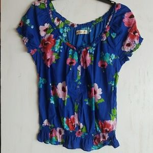 Hollister floral print blouse size medium.